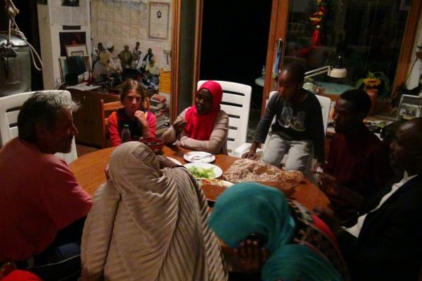 114a-junija-2014-se-je-nas-baba-sueliaman-vrnil-iz-afrike-zelo-bolan-zdravljenje-je-trajalo-eno-letoB2A46BED-1D3F-A03A-374B-25713783CC4B.jpg