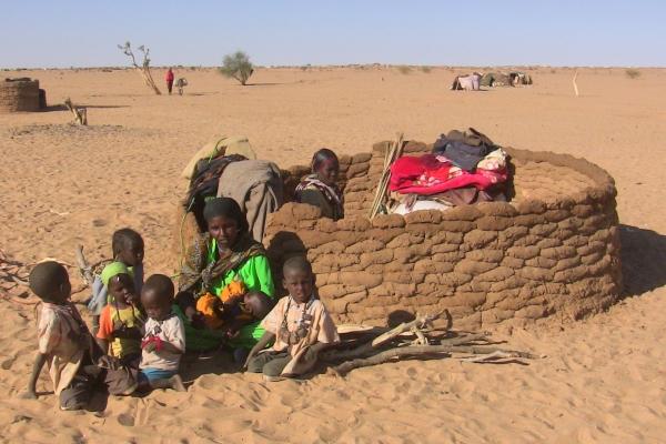 50-drugorazredni-begunci-na-meji-med-cadom-in-sudanom-december-2009-drugorazredni-zato-ker-jih-ignorijo-tudi-ozn36A97F15-6C6C-8F58-3C16-8984B5E94675.jpg