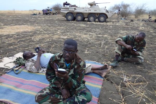 88-sudanski-vojski-za-duhovno-moc-ne-sluzijo-vec-uvidi-sufijev-ampak-blazne-ideje-muslimanske-bratovscine59589DBA-9091-7F36-8D5C-03D6FD07355B.jpg
